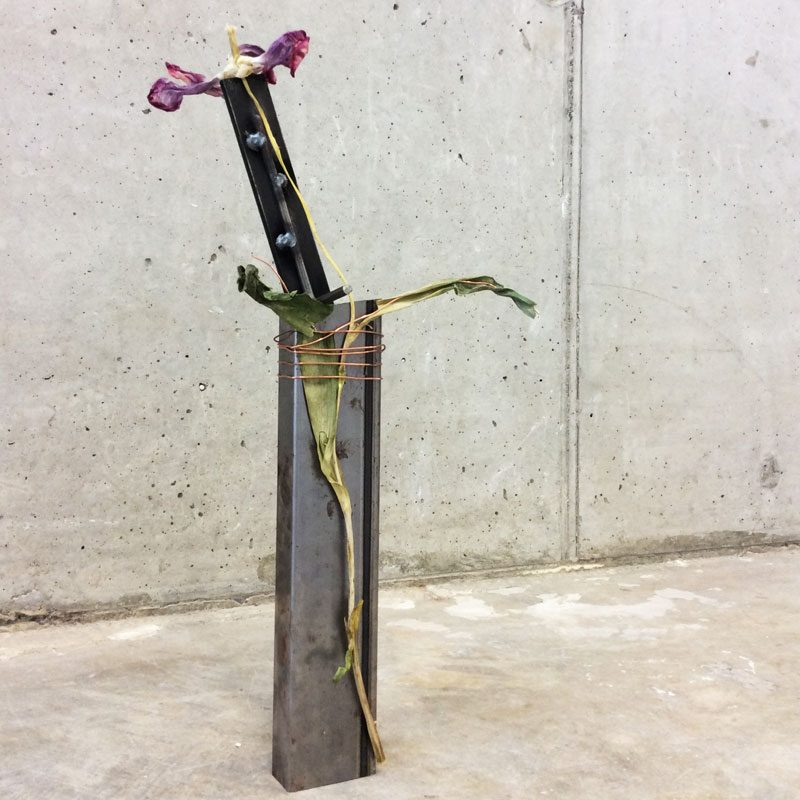an appendage for afterlife #3tulip, steel, copper wire, 2015